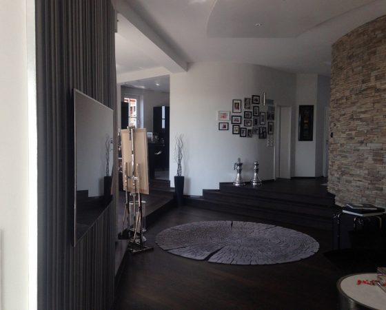 Innenraumgestaltung: Wohnzimmer Wand-, Decken- und Bodenneugestaltung