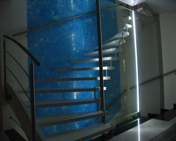 Kalk-Spachteltechnik: Treppenhaus